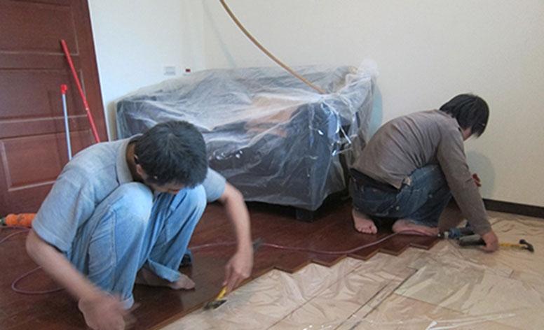 步驟09舖設實木地板4
